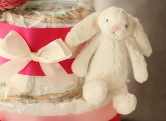 ふわふわウサギのおむつケーキ/2段・ピンク1