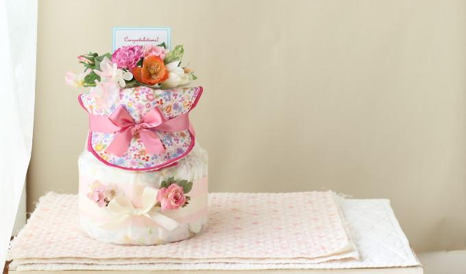 モナザラ ホーム キッズのスタイ付おむつケーキ/2段・ピンク3
