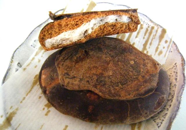 坂本屋製菓 黒パン