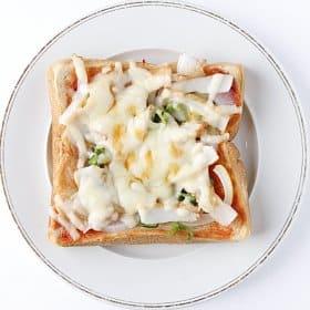 さつま揚げ入り和風ピザパン