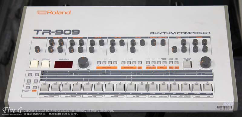 「ROLAND TR-909 後期型 USA (6)」