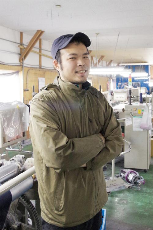 笹倉織布の職人