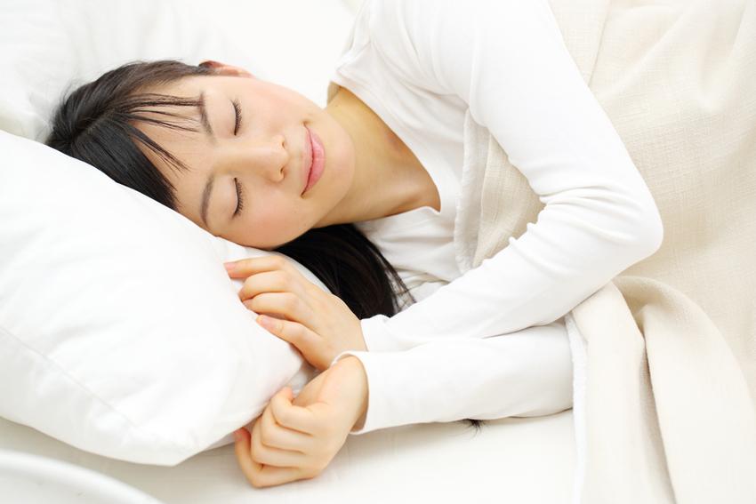 「肌のゴールデンタイム」はあるの? 眠りと肌の関係について