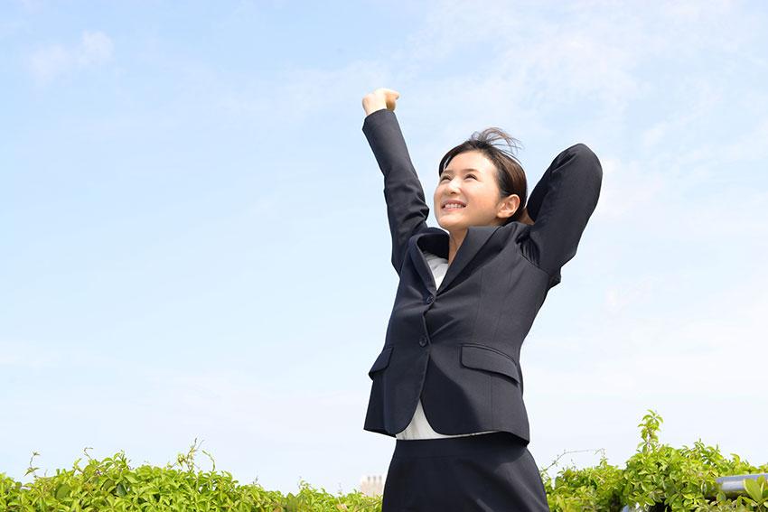 仕事を頑張りすぎると女性ホルモンが減少し、【男性化】する!?