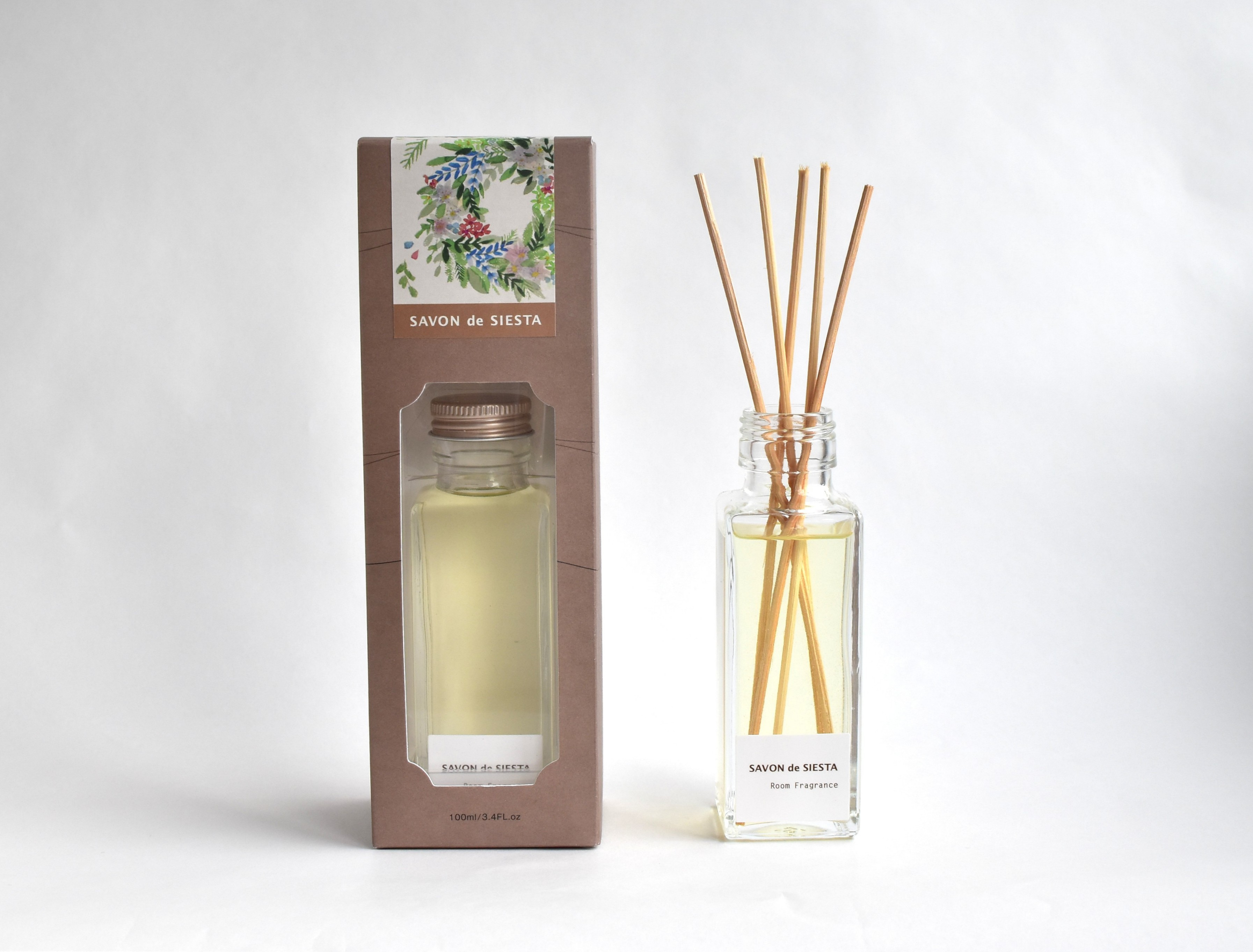 <img class='new_mark_img1' src='https://img.shop-pro.jp/img/new/icons57.gif' style='border:none;display:inline;margin:0px;padding:0px;width:auto;' />【限定】Room Fragrance ボタニカルリースの香り