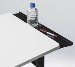 パーソナルテーブルのトレイ