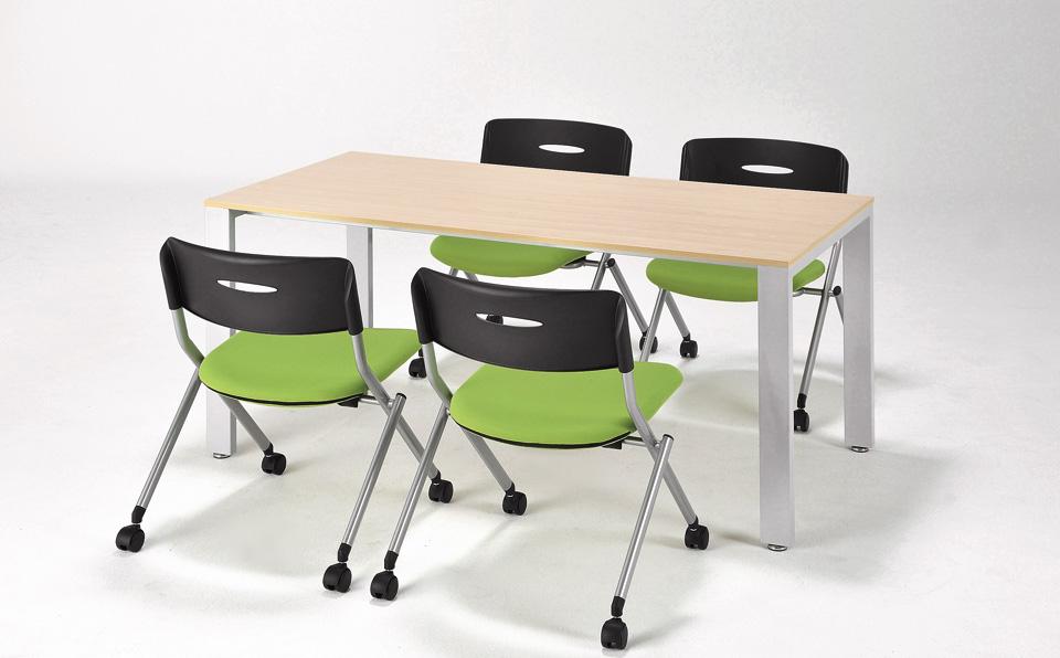 井上金庫 会議用テーブル UTSの使用例: 2