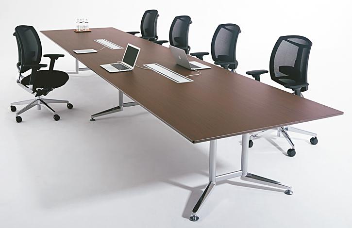PLUS (プラス) 大型会議用テーブル WX-J2 の利用イメージ