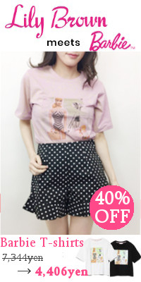Lily Brown(リリーブラウン) BarbieビーチプリントTシャツ