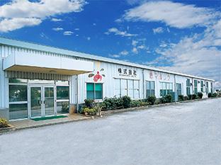 昭和25年創業、地元沖縄で愛され続ける老舗調味料屋