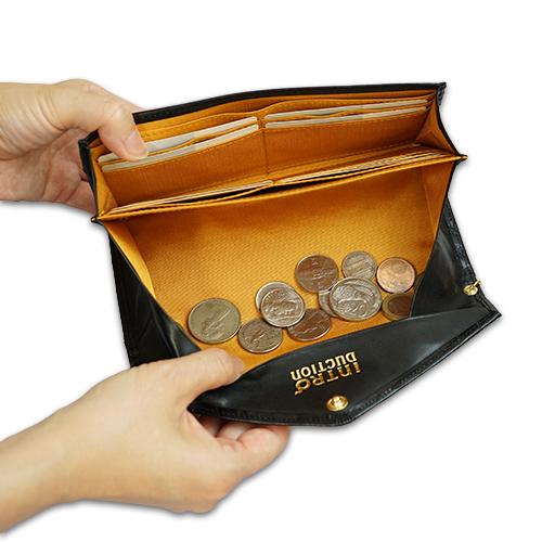 薄い!上品!おしゃれなレディース財布 ギャルソン長財布<ココ>の小銭がたまらない画像