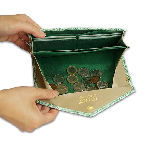 ギャルソン長財布<デイジー>の小銭がたまらない構造の説明画像