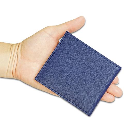 ポケットウォレット ミニの掌サイズの説明画像