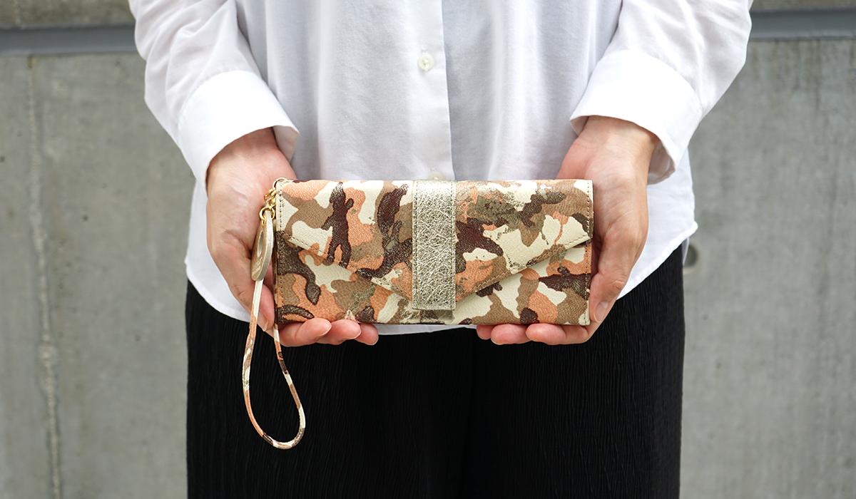 ギャルソン長財布<アーミー>のモデル画像2