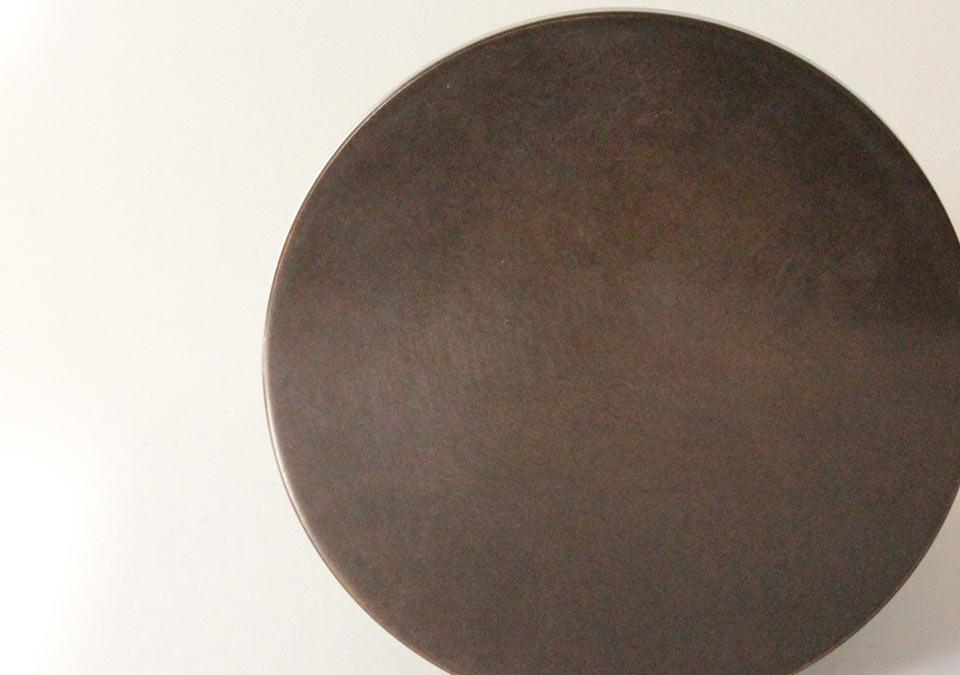 手元供養ミニ骨壷なごみの漆のアップ
