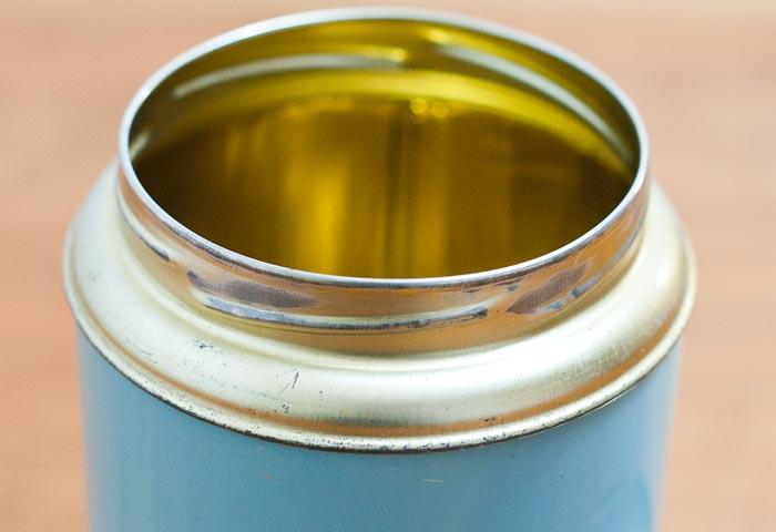 北欧で使われていた、ブリキ缶(水色)02