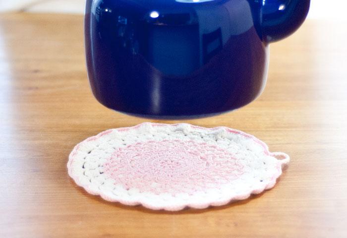 北欧で使われていた、ピンクのポットホルダー(鍋つかみ)/ビンテージ/F0055