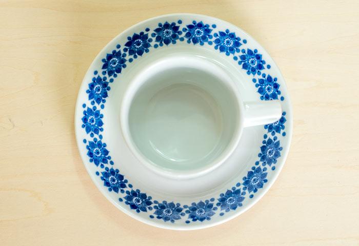 ノルウェイ、Figgjo(フィッギオ)社の、ビンテージのコーヒーカップとソーサー