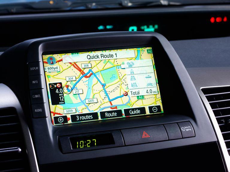 ハイブリットカーの電磁波対策DRIVE SMARTERはカーナビ搭載車にお勧め
