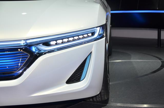 ハイブリットカーの電磁波対策DRIVE SMARTERは軽自動車からセダン、スポーツカー、ワンボックスカー、トラック、バスなどなどどんな自動車でもご利用いただけます