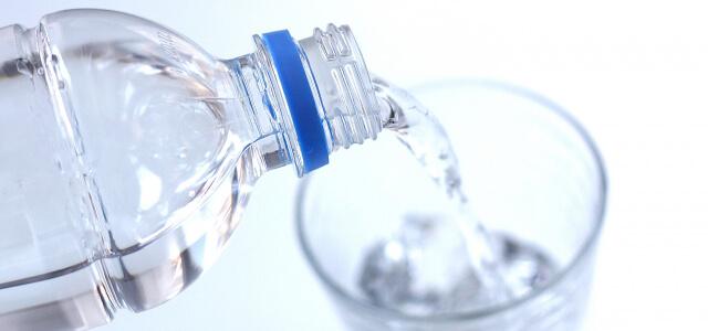 水やお湯で飲んでも大丈夫