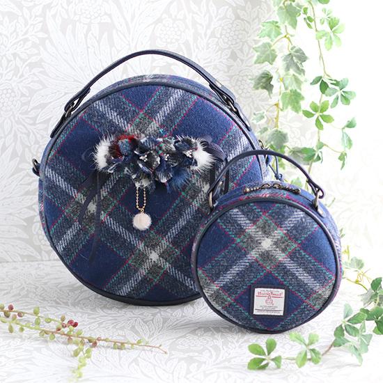 神戸タータン ハリスツイード お花付きまん丸バッグ+ポーチ、巾着トートバッグ ベレー帽:神戸のお花アジサイ