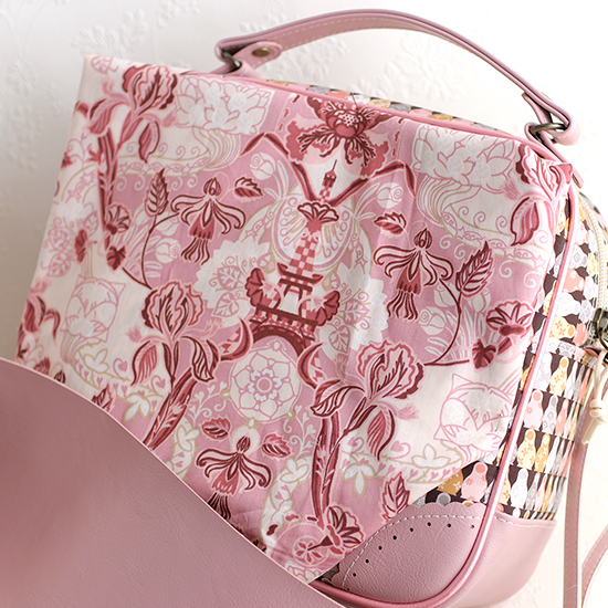 ピンクに似合う生地 リバティ エクリュ