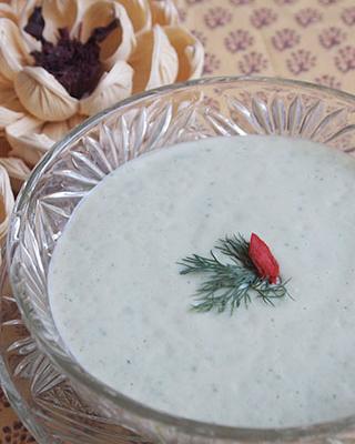 もちあわのひんやりグリーンスープ