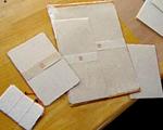 弥彦の手漉き和紙 紙工房 泉さんの作品展