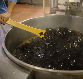 職人伝統の技「炊き」