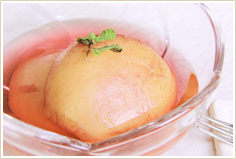 桃のまるごとコンポート