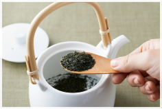 新茶を美味しく淹れるには?