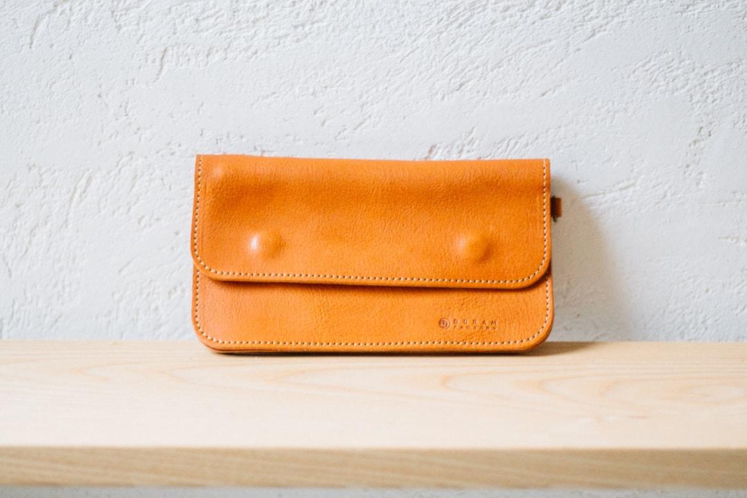 柔らかい革の財布