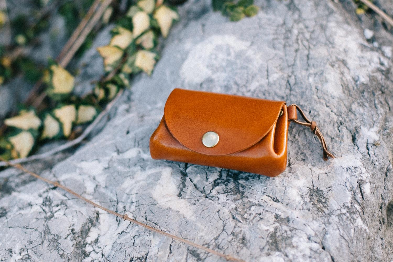 ブラウンの革の財布