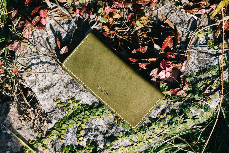 シンプルな薄い長財布 | DURAM 二つ折り長財布 16008(D)