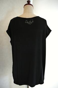 Desigual(デシグアル)Tシャツ バックスタイル