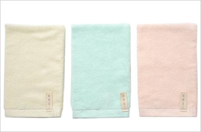 絹綿美人のホテルタオル仕様のバスミトンイメージ
