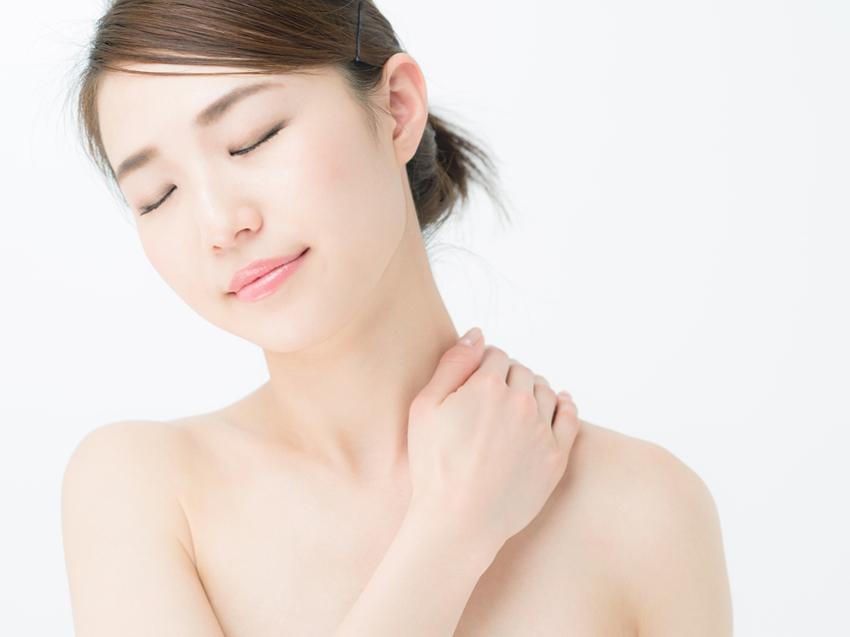 肩こりが大人ニキビの原因に!? 血行改善で健やか肌をゲット!