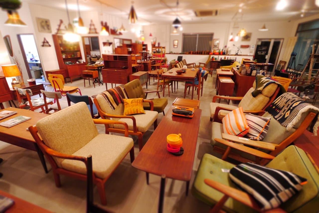 北欧家具tanukiの店舗内観