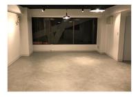 床をコンクリート風に塗り替え