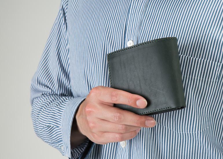 オイルレザー二つ折り財布 ボックスコインタイプ