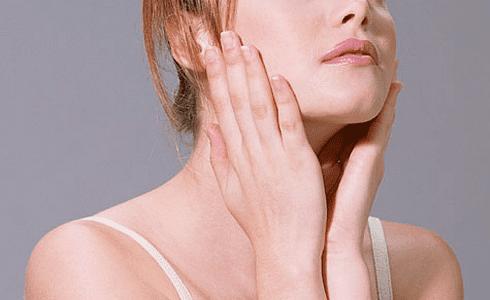 ケイト・ブランシェット、美肌の秘密はエミュ—オイル