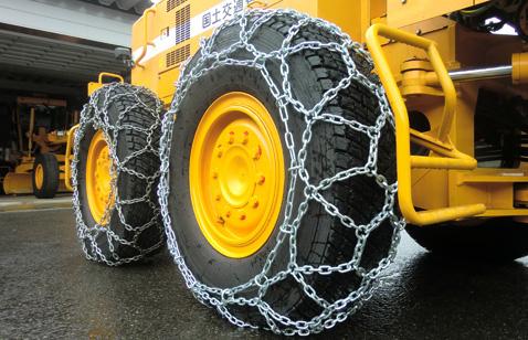 つばき除雪車両用タイヤチェーン